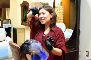 東銀座の美容室でカラーの練習