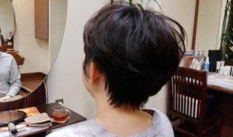 ショートスタイルで髪を軽く!