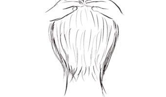 頭が大きく見える髪型は四角いフォルム
